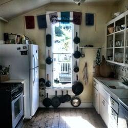 Bridge Street Inn - Cambria, CA, États-Unis. The Bridge Street Inn cast iron collection