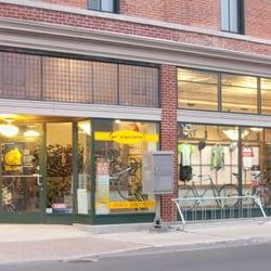 Kirk's Bike Shop - Downtown Muncie at Walnut & Jackson Streets - Muncie, IN, Vereinigte Staaten