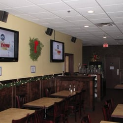 The Pub - Rear dining area - Somerville, MA, Vereinigte Staaten