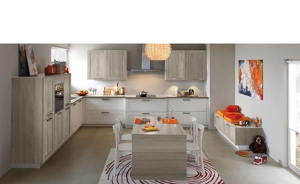 Nouveaute frame avec un cadre disponible en trois coloris for Cuisine integree schmidt