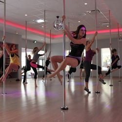 flirty girl fitness pole video I was able to try out flirty girl fitness for a week i really wanted to try the pole dancing out but realized it required a pole (which you can purchase on their site) but i didn't have time to order it.