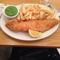 Mr fish londen london verenigd koninkrijk cod with for Oak city fish and chips