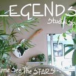 Legends Nail Studio logo