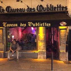 Le Caveau des Oubliettes - Paris, France