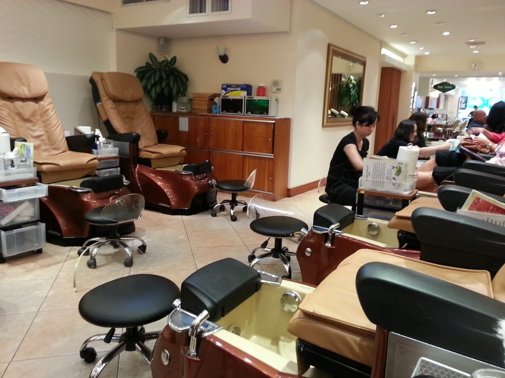 Salon today 45 photos hair salons midtown west new for 5th avenue nail salon