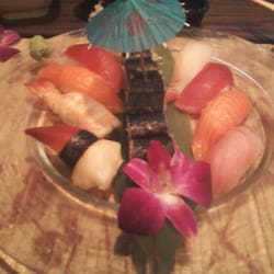 """Fume Asian Grill & Sushi - Stroudsburg, PA, États-Unis. This is the """"sushi dinner"""""""