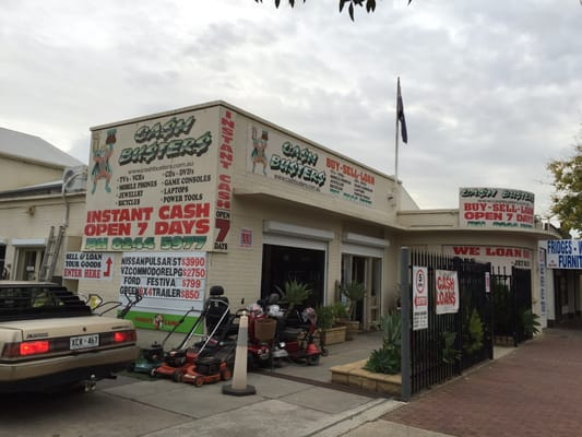Cash Busters store photo