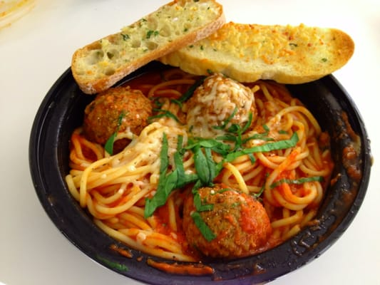 Spaghetti and Meatballs with Garlic Bread | Yelp