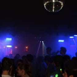 Party Samstag Nacht im VENUE -…