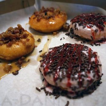 Perk's Donut Bar - CLOSED - 43 Photos & 40 Reviews ...