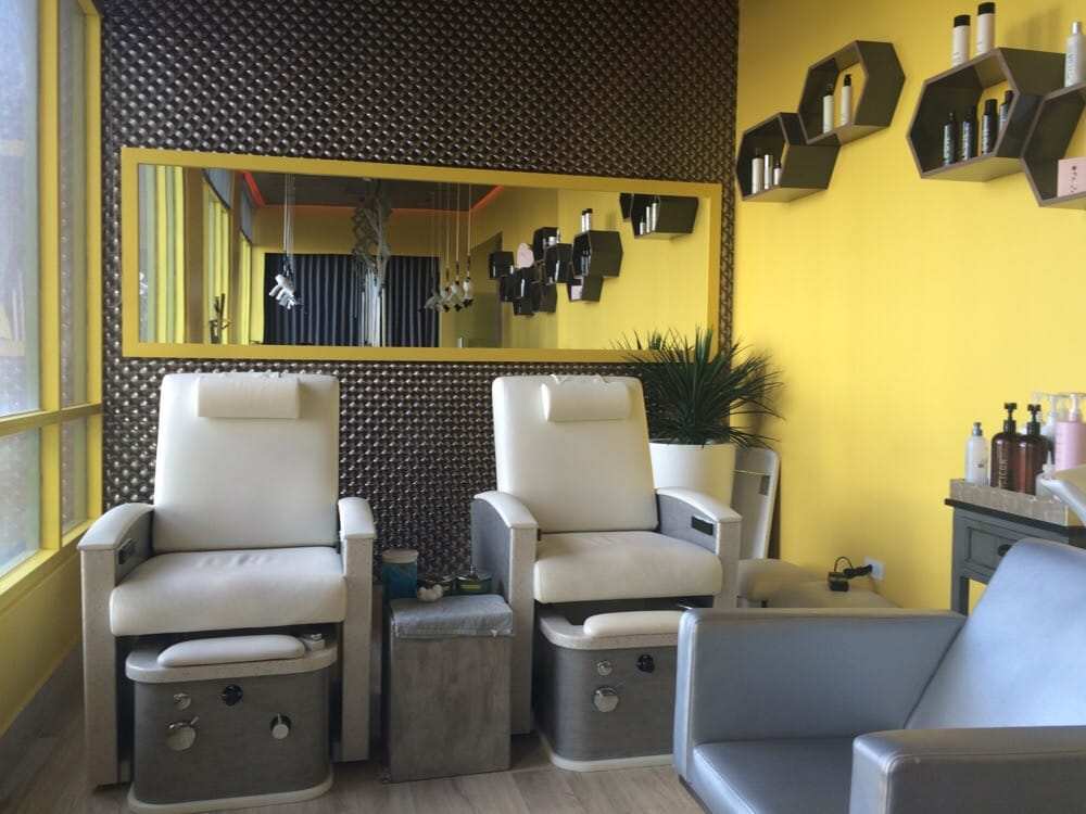 Blow out bar - chairs for pedi/mani | Yelp