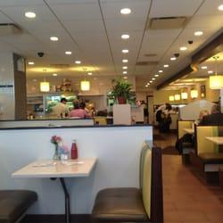 The Red Flame - New York, NY, États-Unis. Salle de restaurant