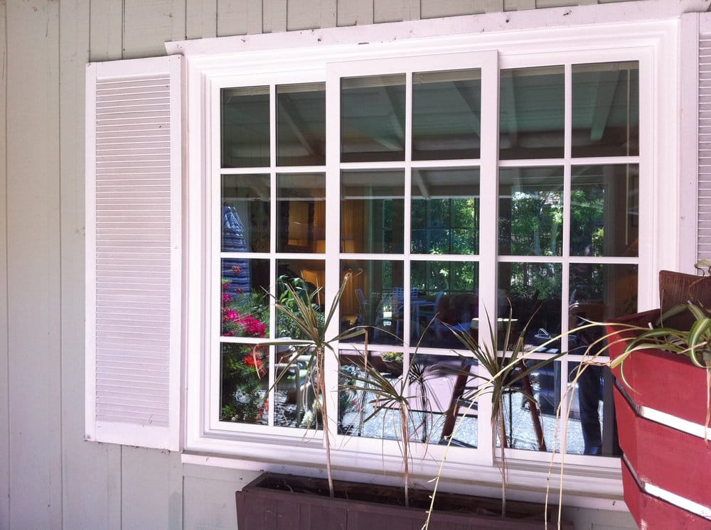 Milgard tuscany simulated divided lite vinyl window for Milgard vinyl windows