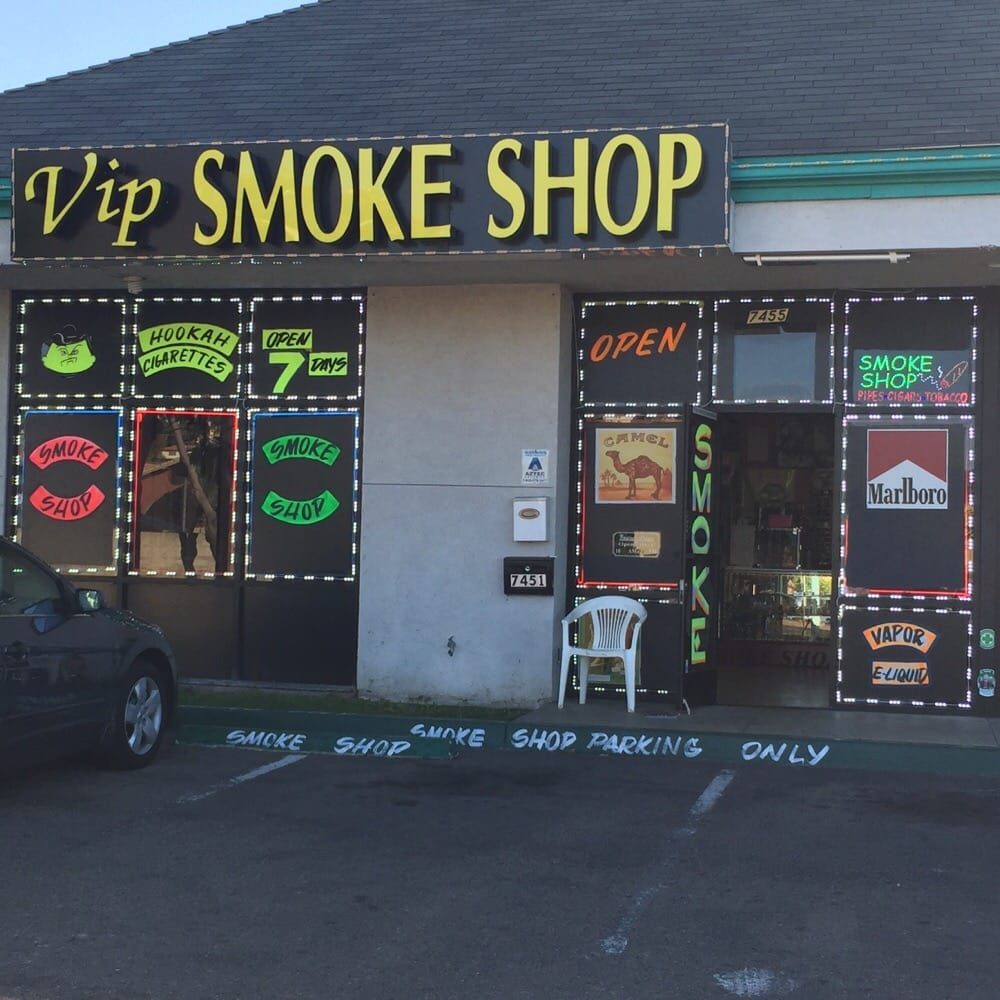 Lemon Grove Avenue: VIP Smoke Shop