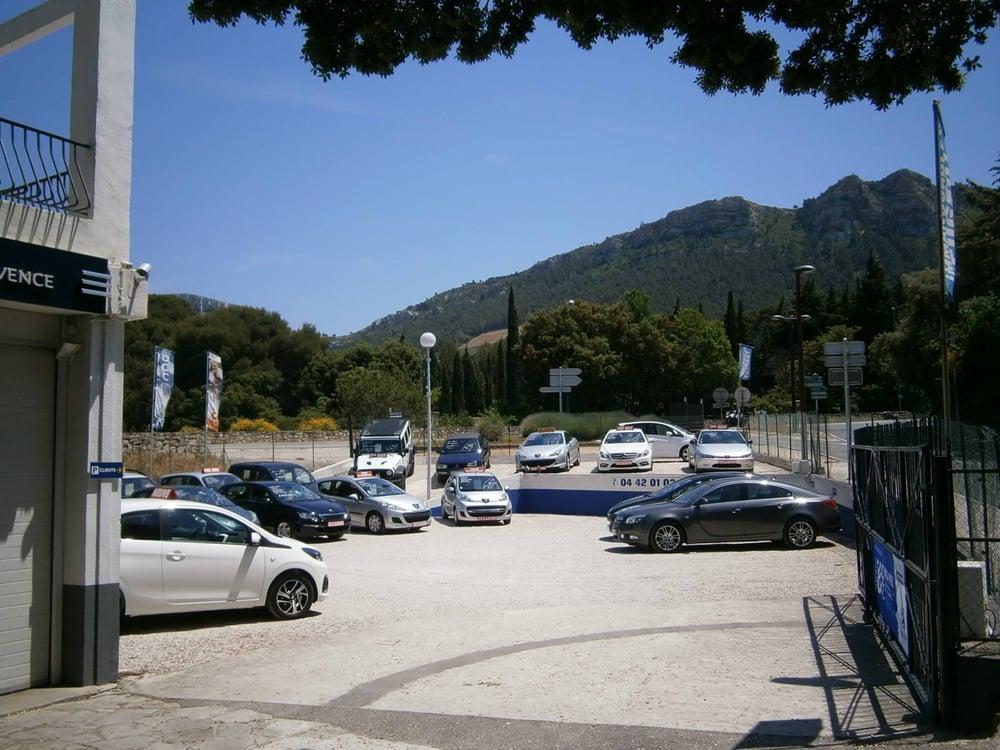 Peugeot cassis body shops cassis bouches du rh ne for Garage peugeot cassis