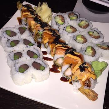 Aroma restaurant sushi 80 photos sushi kenwood for Aroma japanese cuisine restaurant