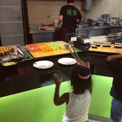 Sushi mittagsbuffet all you can eat mit…