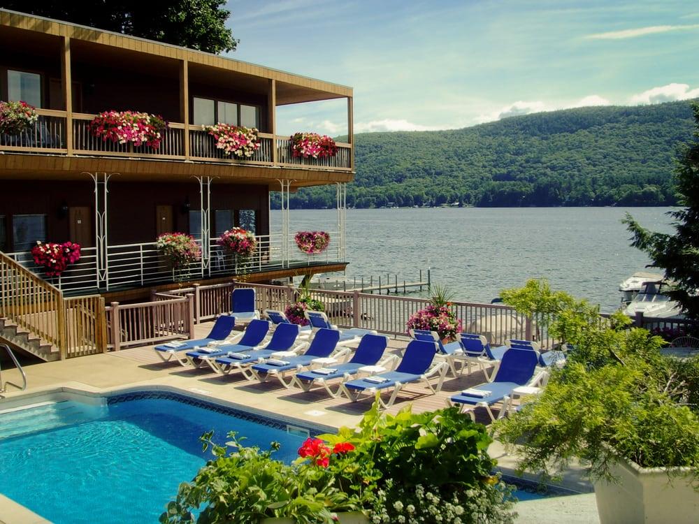 lake crest inn 16 photos hotels lake george ny. Black Bedroom Furniture Sets. Home Design Ideas