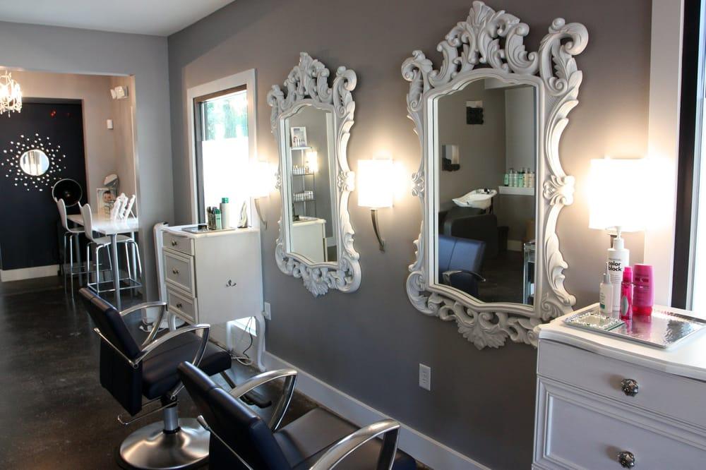 Mirror mirror salon nail salons rosedale austin tx for A b beauty salon