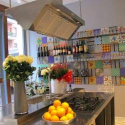 At Home - Food and Bar - Roma, Agrigento, Italie. la cucina di casa