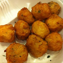 Deep fried fish balls inside have cod roe for Fish ball with roe