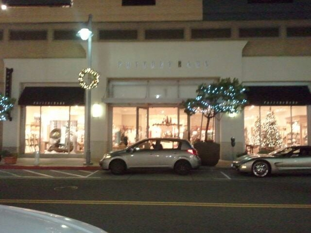 Pottery barn furniture stores 5640 bay st emeryville for Asian furniture emeryville ca
