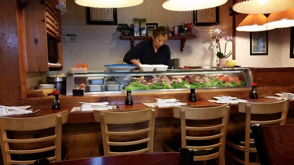 The lady sushi master yelp for Akasaka japanese cuisine