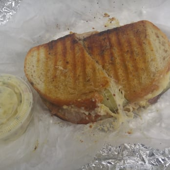 The Naked Onion - 104 Photos & 191 Reviews - Sandwiches - 2118 W Cary St, The Fan, Richmond, VA
