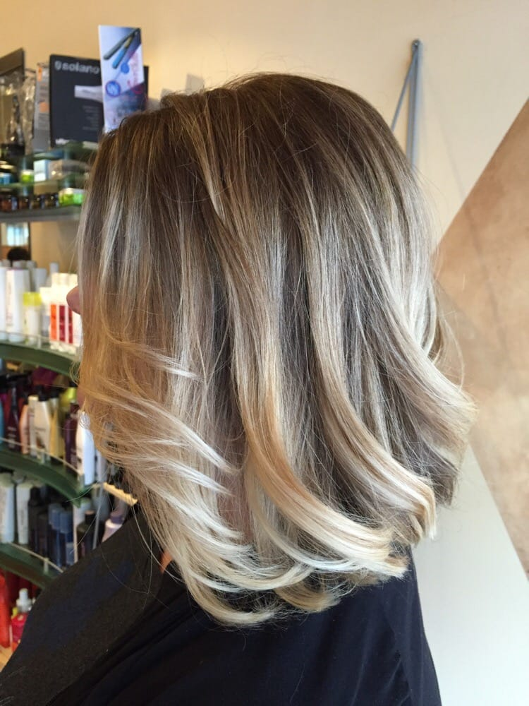 , CA, United States. Blonde ombré with Long Aline bob, Hair By Gary