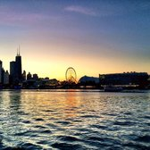 Wendella Sightseeing Boats - Chicago, IL, États-Unis. Sunset cruise, Navy Pier