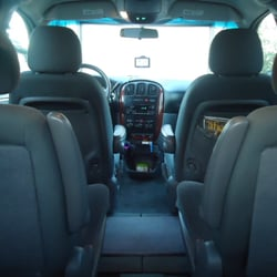United Taxi - Comfortable & Safe Ride To PDX Portland Airport  Plenty of Room for Extra Luggage - Portland, OR, Vereinigte Staaten