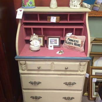 red rooster furniture consignment more vintage
