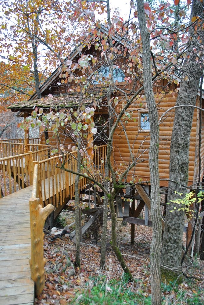 Hideaway treehouse yelp for Tree house cabins arkansas