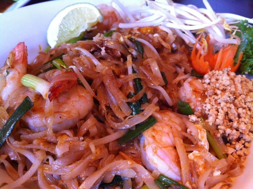 Thai Table Pad Thai Pad Thai W/shrimp