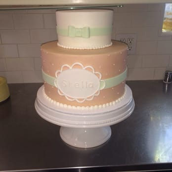 The Cake - Beautiful baby shower cake for 45 people. - Pasadena, CA ...