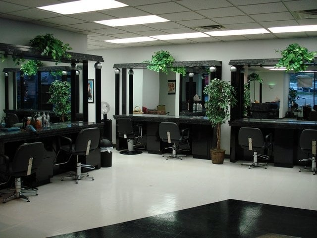 Prestige salon spa hairdressers cincinnati oh for Salon prestige