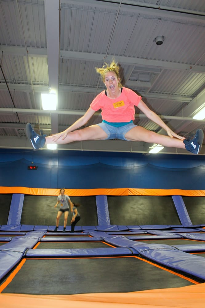 Oaks (PA) United States  city photo : Sky Zone Trampoline Park Oaks, PA, United States. This is why they ...