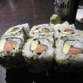 Hi Sushi - Avocado and salmon sushi - not bad - London, United Kingdom