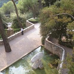 Fondation Maeght - St Paul, Alpes-Maritimes, France. Suite du labyrinthe de Miró