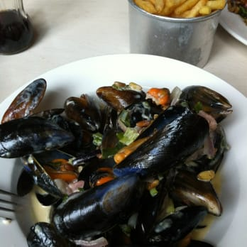 Lunchtime portion (huge) of mussels and chips at The Outsider