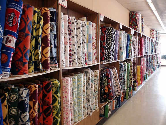 Jo ann fabric and craft store fabric stores 2897 oak for Joann craft store near me