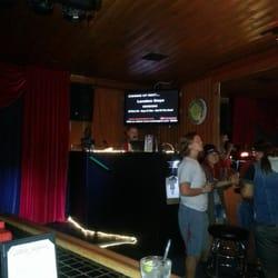 Redwing Bar & Grill - Karaoke every night! - San Diego, CA, Vereinigte Staaten