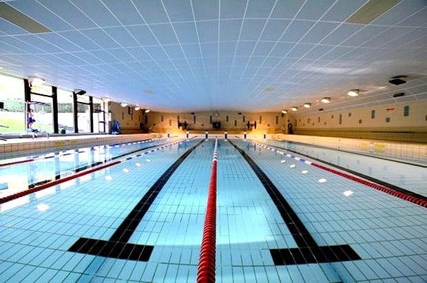 Piscine jean taris swimming pools sorbonne panth on for Piscine jean taris