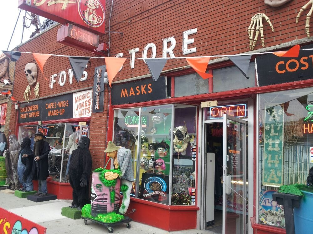 Fairborn (OH) United States  City pictures : Foy's Halloween Store Fairborn, OH, United States