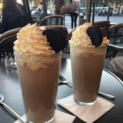 Le Tourville - Paris, France. Best oreo milkshake