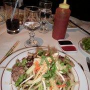 salade thaï au bœuf piquant