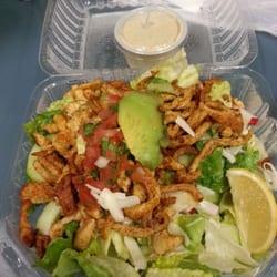 Los Cántaros Restaurant And Taquería - Oakland, CA, États-Unis. Tampico chicken salad.  One of my favorite salads! !