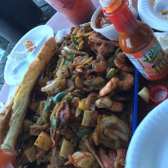 San pedro fish market and restaurant 1071 photos for San pedro fish market super tray