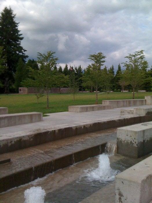 Oregon Korean War Memorial Sehensw Rdigkeiten Wilsonville Or Vereinigte Staaten Beitr Ge