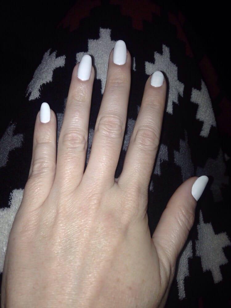 almond shellac nails